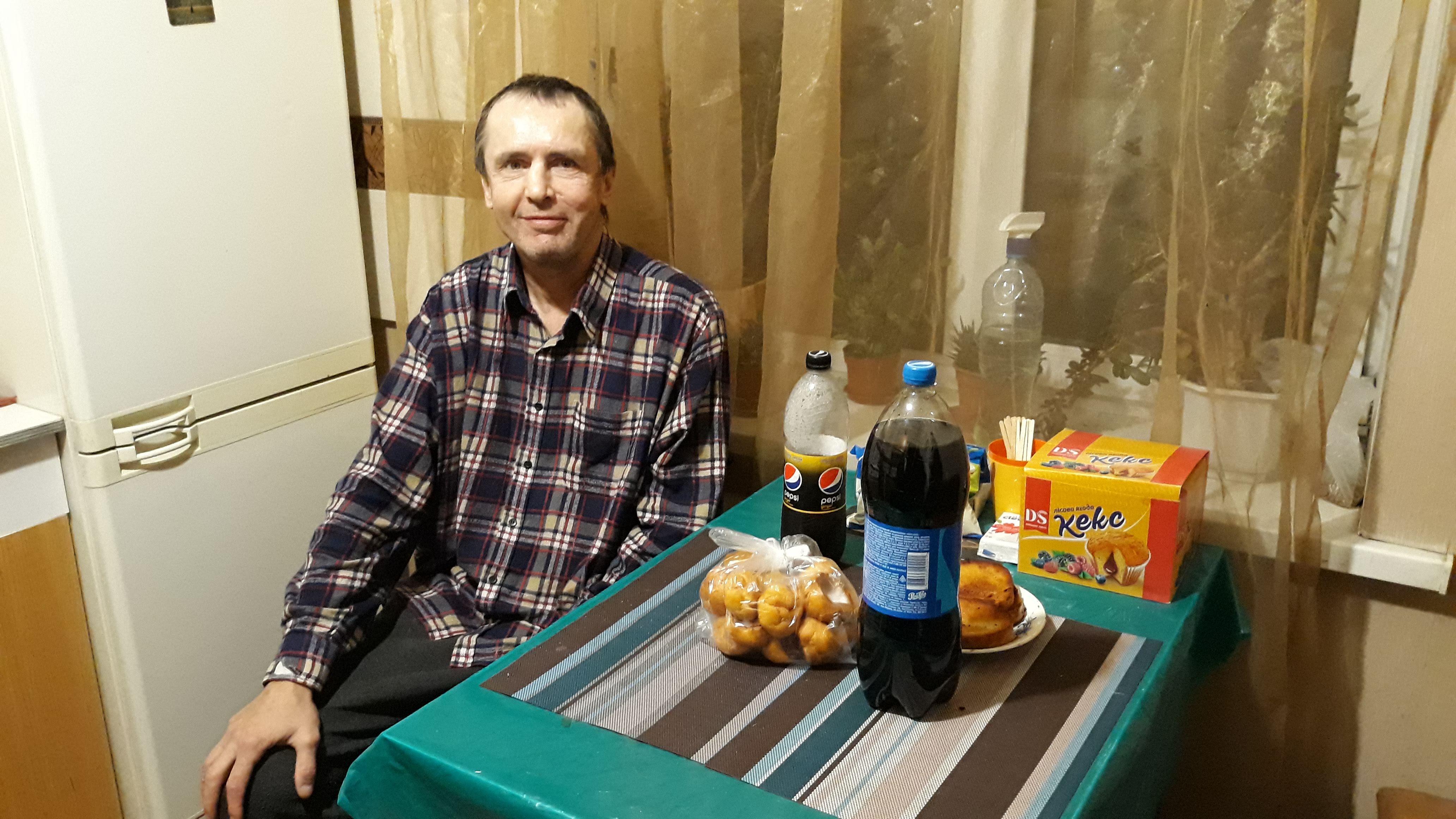 помощь бомжам киев